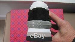 Brand New Tory Burch Sawtooth Logo Sneaker Size 7
