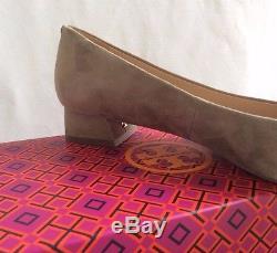 NEW Tory Burch GiGi Pump French Grey Suede Gold Logo Block Heel Medium Sz 9