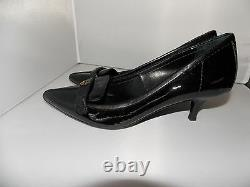 Tory Burch ELIZA Black Patent Leather Low Heel Pump Shoes Gold Logo 6M Used