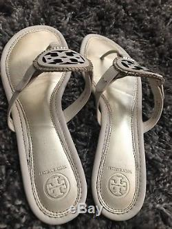 Tory Burch Miller Fringe Leather T-Strap Sandal Sz 10.5 in Bleach/Gold $225
