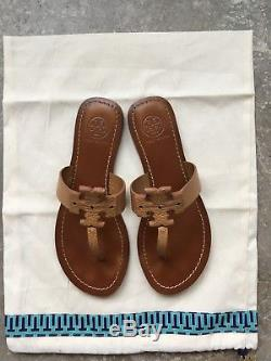Tory Burch Moore Flat Sandal in Tan Tumbled Leather Size 6