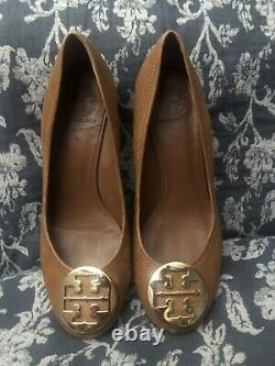 Tory Burch Sally Caramel Brown leather Wedges shoes reva logo gold Size 10M
