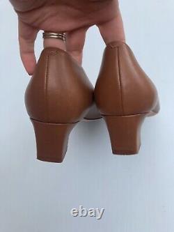 Tory Burch Shoes 9.5 Dark Tan Leather Raleigh Pump Tan Brown Gold Heels